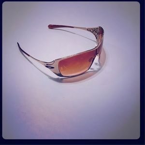 Oakley Dart in Gold